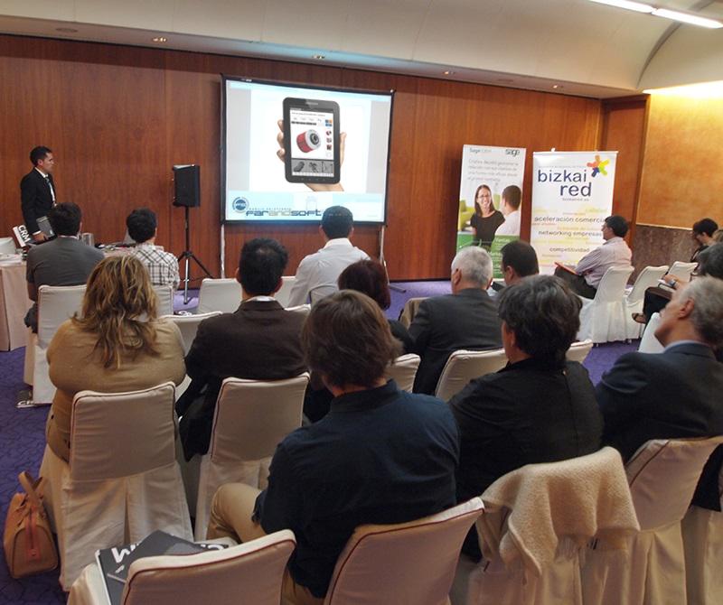 Momento de la exposición de OrdersCe en el Meliá Bilbao.