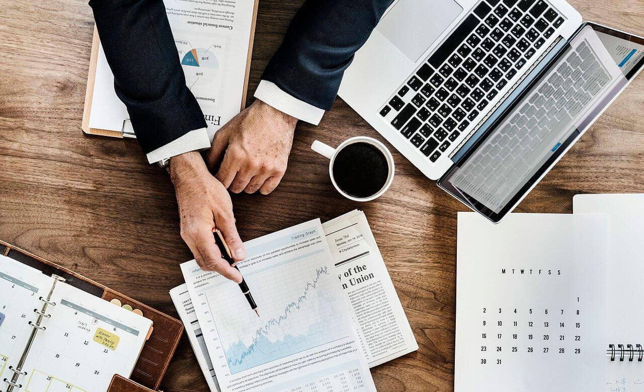 Informe de ventas empresarial, comunicar lo errores
